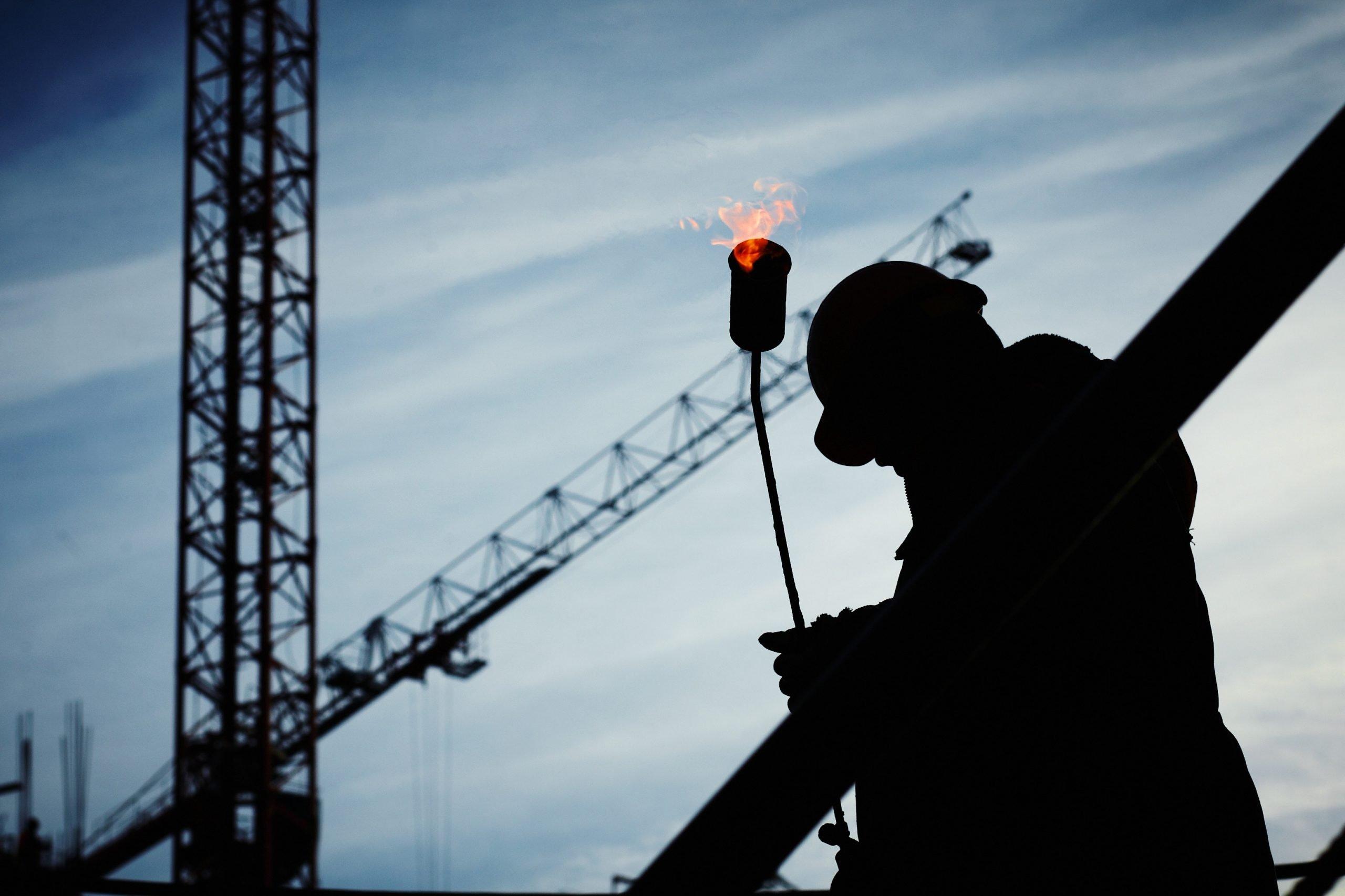 build-builder-construction-construction-worker-585418